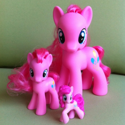 Pinkie_Pie_size_comparison_Fashion_Style_Playful_Ponies_Ponyville