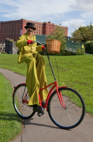 Gentleman-Giant-Stilt-Bicycle