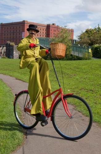 Gentleman-Giant-Stilt-Bicycle