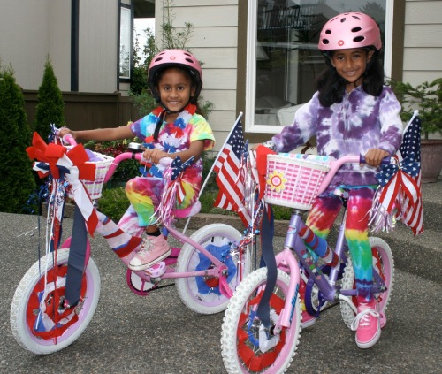 POC kids on bikes for july 4